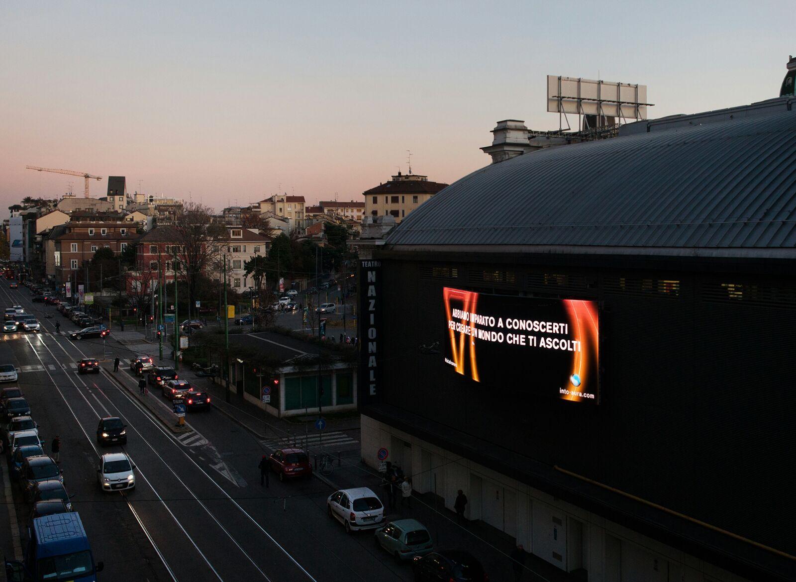 Outdoor Media Action - teatro Nazionale, Milano